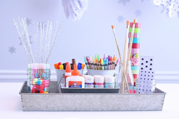 Play room craft station
